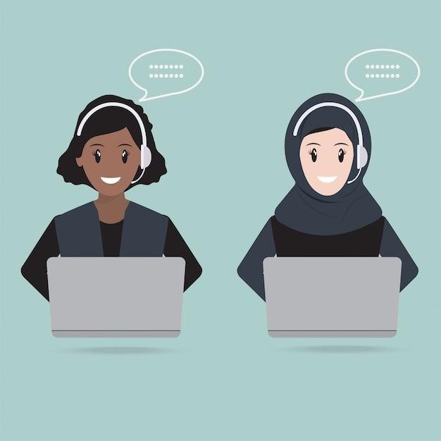 Femme musulmane avec l'icône du service clientèle de casque Vecteur Premium