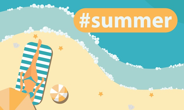 Femme se faire bronzer sur la plage et se détendre sous un parapluie hashtag en été. Vecteur Premium