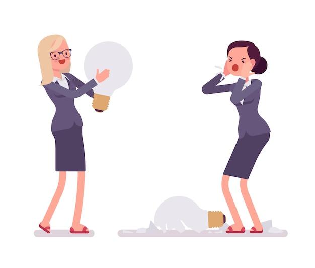 Femmes d'affaires avec des ampoules, une est cassée Vecteur Premium