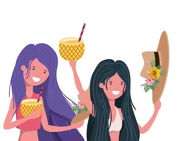 Femmes avec maillot de bain et cocktail d'ananas Vecteur gratuit