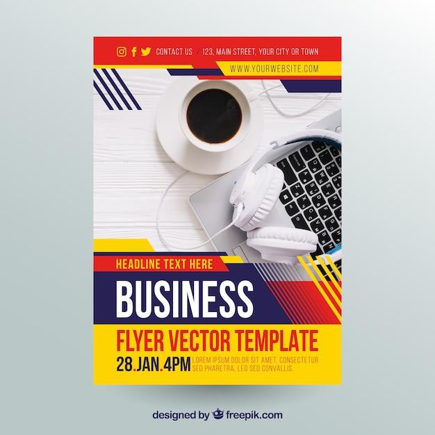 Flyer d'affaires abstrait Vecteur gratuit