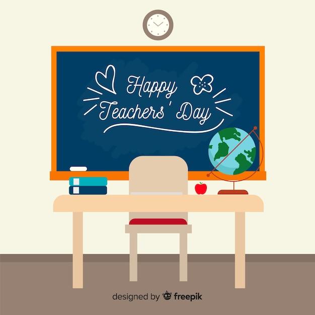 Fond de la journée mondiale des enseignants avec tableau noir et bureau Vecteur gratuit