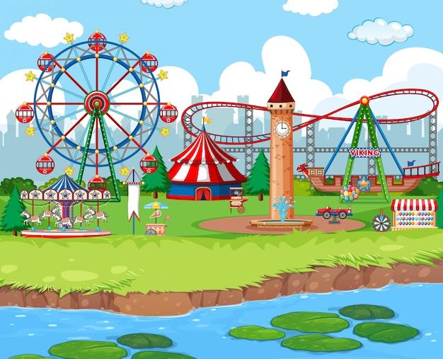 Fond de scène avec des manèges au carnaval Vecteur gratuit