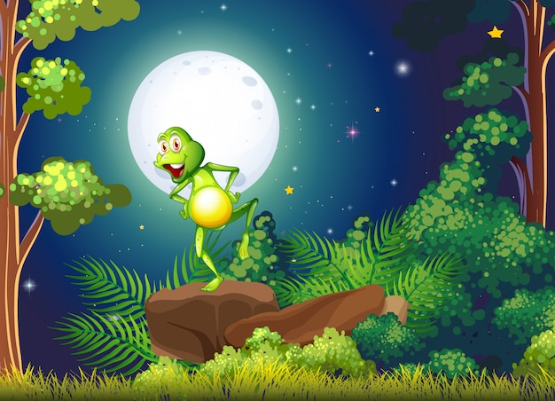Une grenouille enjouée se tenant au-dessus du rocher dans la forêt Vecteur gratuit