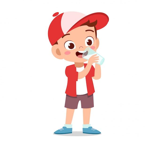 Happy kid boit du lait Vecteur Premium