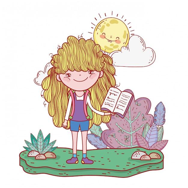 Heureuse petite fille lisant un livre avec sun kawaii Vecteur Premium