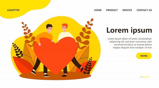 Heureux Couple Gay Masculin Tenant Un Coeur Rouge Vecteur Premium