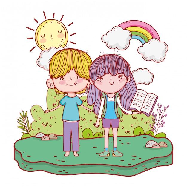 Heureux petits enfants lisant des livres dans le paysage Vecteur Premium
