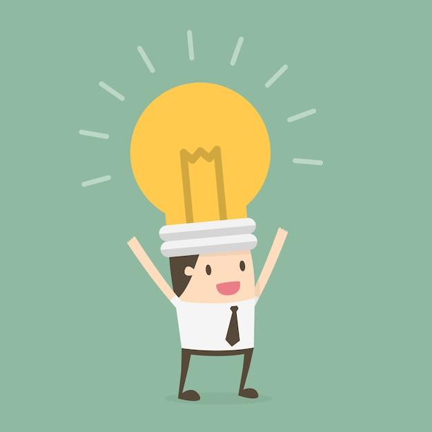 Homme d'affaires avec une ampoule dans la tête Vecteur gratuit