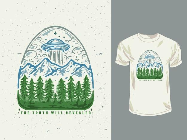 Illustration Dessinée à La Main De T-shirt Ufo Forestier Vecteur Premium