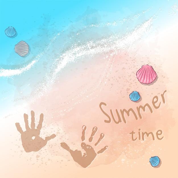 Illustration De La Fête D'été à La Plage Avec Empreintes De Pas Sur Le Sable Au Bord De La Mer. Style De Dessin à La Main. Vecteur Premium