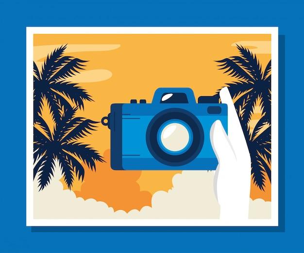 Illustration De Voyage Avec Caméra Et Palmiers Vecteur gratuit