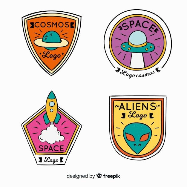 Insigne de l'espace coloré dessiné à la main collectio Vecteur gratuit
