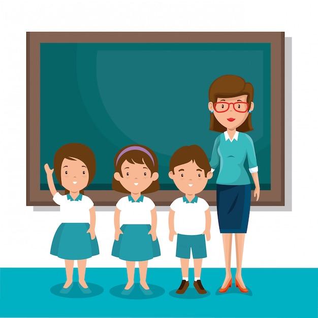 Institutrice avec des élèves en classe Vecteur gratuit