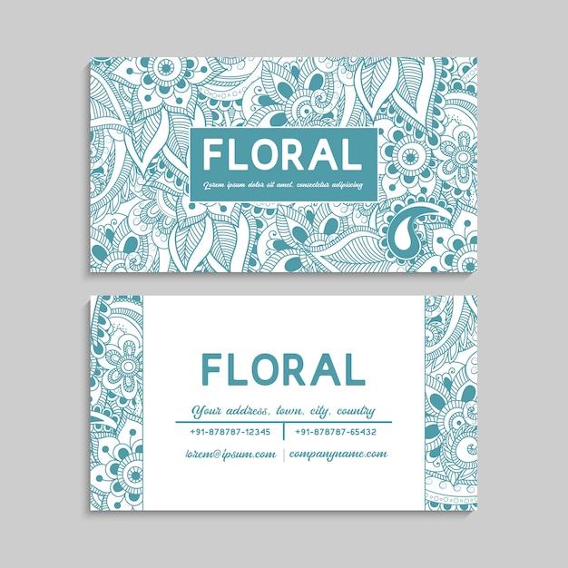 Jeu de carte de visite avec fleurs dessinées à la main zentangle Vecteur gratuit
