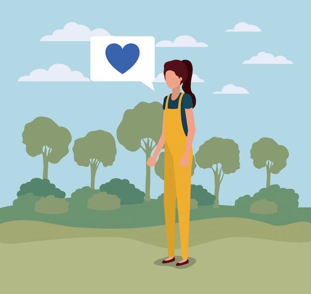 Jeune femme avec coeur dans la bulle sur le camp Vecteur Premium