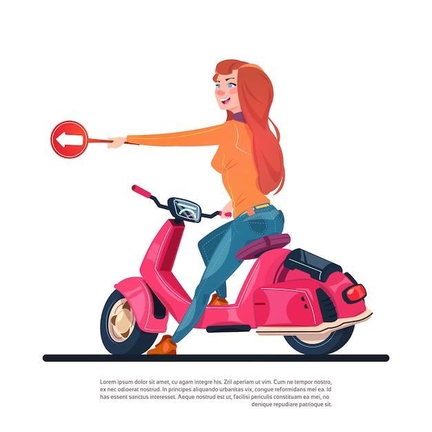 Jeune Fille, équitation, Scooter électrique, Tenir, Signe Route, à, Flèche Vecteur Premium