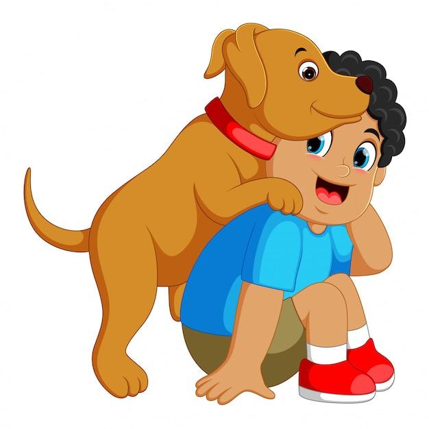 Joyeux garçon jouant avec son animal de compagnie Vecteur Premium