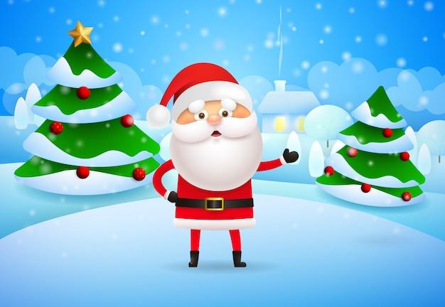 Joyeux père noël debout devant des arbres de noël en hiver v Vecteur gratuit