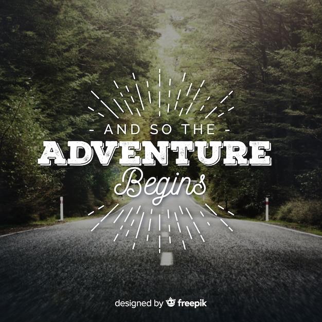 Lettrage d'aventure avec photo Vecteur gratuit