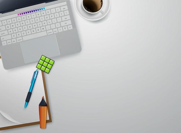 Lieu de travail à la maison avec des périphériques flat lay vector. tasse blanche de café près de tablette et stylo. illustration de la vue de dessus de copyspace Vecteur Premium