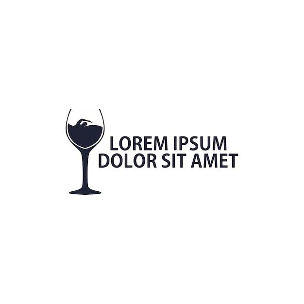 Logo concept nager dans le vin Vecteur Premium