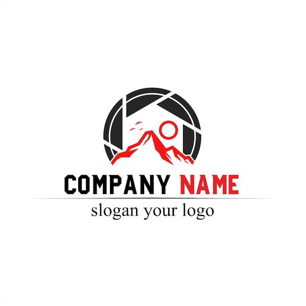 Logo de la montagne Vecteur Premium