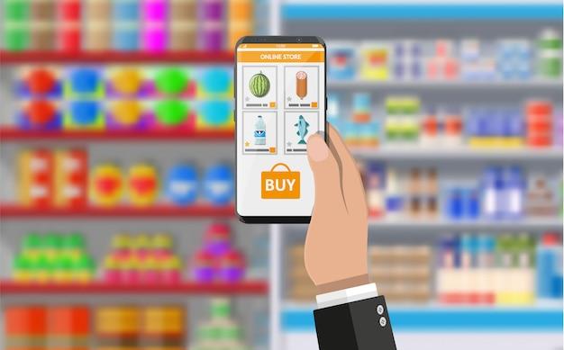 Main Tenant Le Smartphone Avec Une Application Shopping Vecteur Premium
