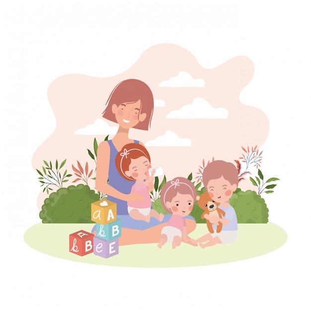 Maman enceinte mignonne avec petits enfants dans le camp Vecteur Premium