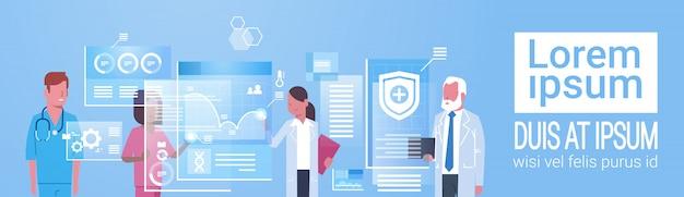 Médecine et technologie concept groupe de médecins utilisant un ordinateur numérique moderne Vecteur Premium