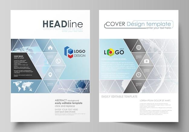 La mise en page de deux couvertures de format a4 avec des modèles de triangles Vecteur Premium