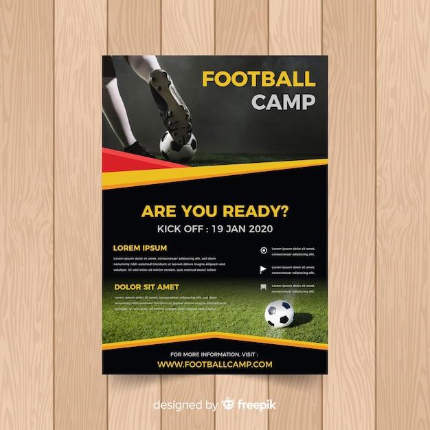Modèle d'affiche de football avec photo Vecteur gratuit