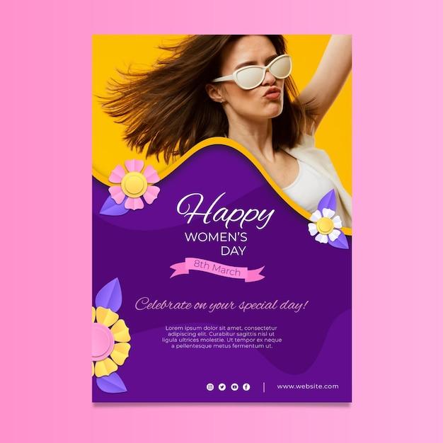 Modèle D'affiche Verticale De La Journée Internationale De La Femme Vecteur gratuit