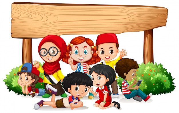 Modèle de bannière avec beaucoup d'enfants et panneau en bois Vecteur gratuit