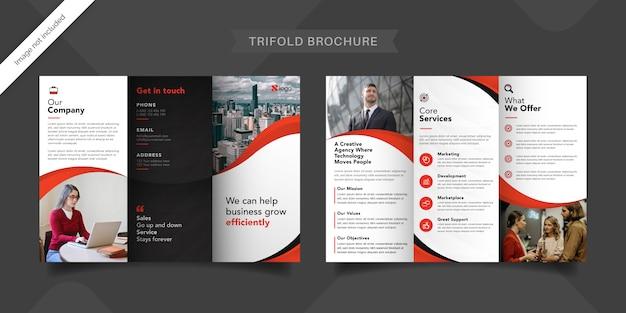Modèle De Brochure à Trois Volets Rouge Vecteur Premium