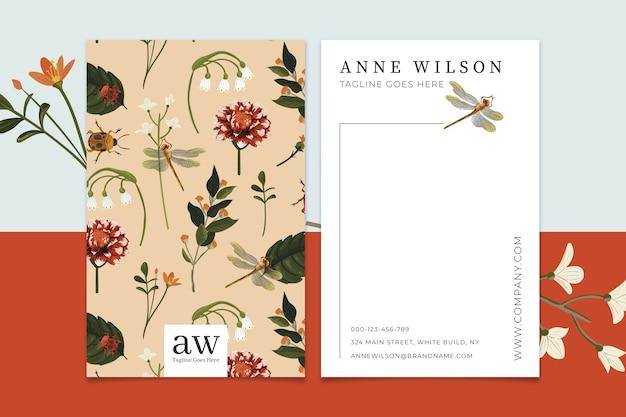 Modèle De Carte De Visite Créative Avec Des Fleurs Vintage Vecteur gratuit