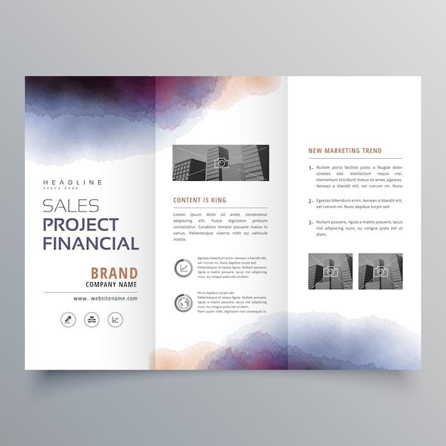 Modèle créatif de conception de brochure à trois facons en aquarelle Vecteur gratuit