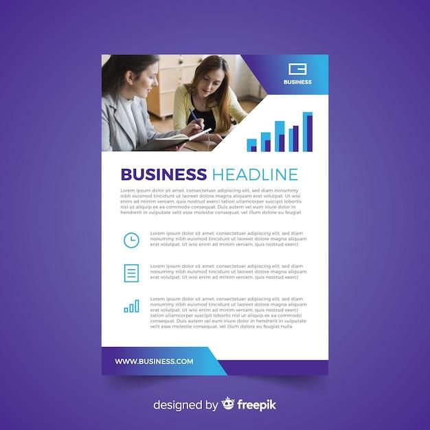 Modèle de dépliant d'affaires avec photo Vecteur gratuit