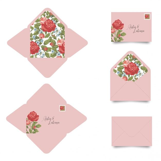 Modèle d'enveloppe invitation de mariage avec des fleurs Vecteur Premium
