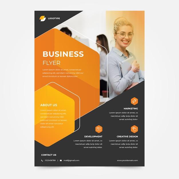 Modèle De Flyer D'entreprise Entreprise Femme D'affaires Vecteur gratuit