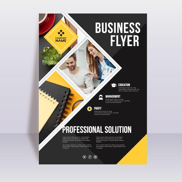 Modèle De Flyer D'entreprise Vecteur gratuit