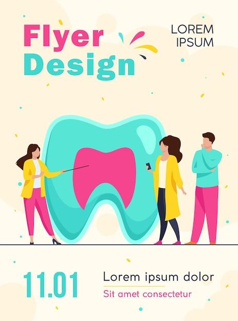Modèle De Flyer Femme Expliquant La Structure Dentaire Aux Personnes Vecteur gratuit