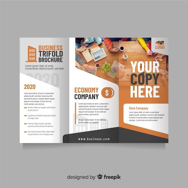 Modèle de flyer à trois volets d'affaires Vecteur gratuit