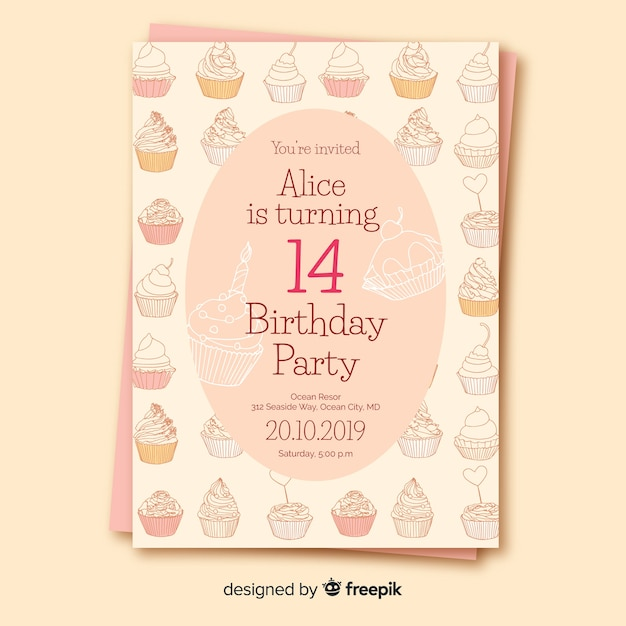 Modèle d'invitation anniversaire design plat Vecteur gratuit