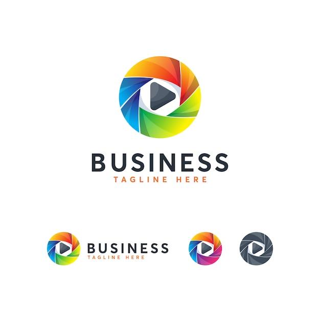 Modèle de logo creative play media moderne Vecteur Premium