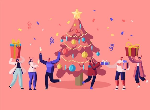 Nouvel An Bash. Gens Heureux Célébrant La Fête S'amusant Et Dansant à L'arbre De Noël Décoré. Illustration Plate De Dessin Animé Vecteur Premium