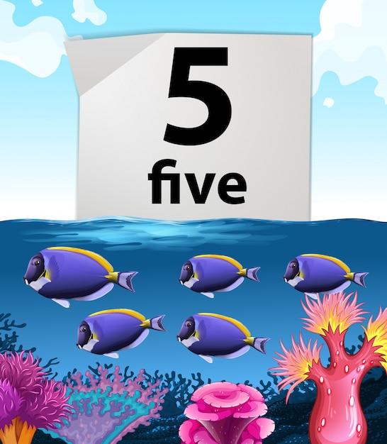 Numéro cinq et poissons nageant sous l'eau Vecteur gratuit