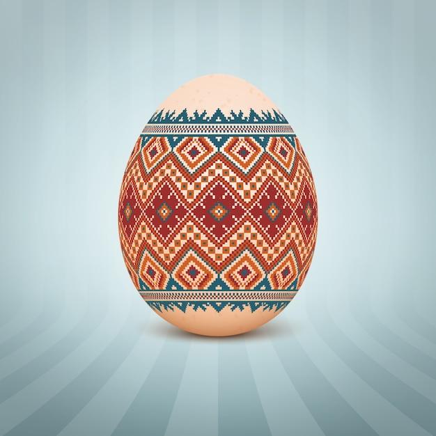 L'oeuf de pâques avec un ornement de modèle folklorique ukrainien Vecteur gratuit