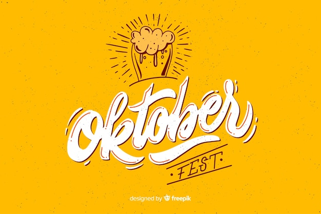 Oktoberbest design plat avec verre de bière Vecteur gratuit