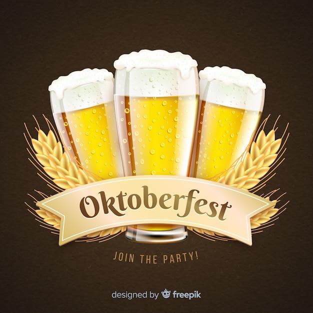 Oktoberfest réaliste concept avec de la bière Vecteur gratuit